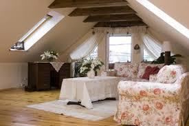Уменьшаем нагрев дачного дома в жару