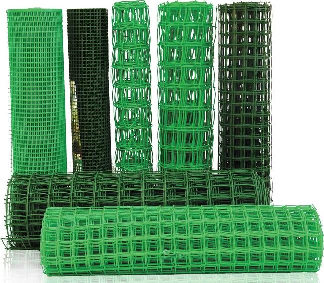 Плюсы и минусы пластиковой заборной сетки