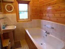 Чем отделать ванную комнату на даче